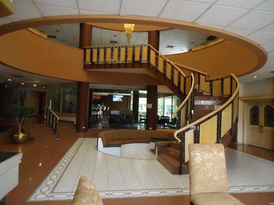 Best Western Plus Hotel Terraza: Recepcion del Hotel.