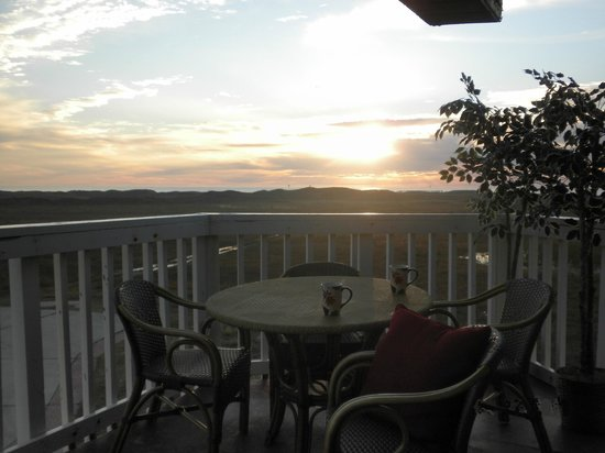 Mustang Island Beach Club: Sunset Deck View - Perfecto!