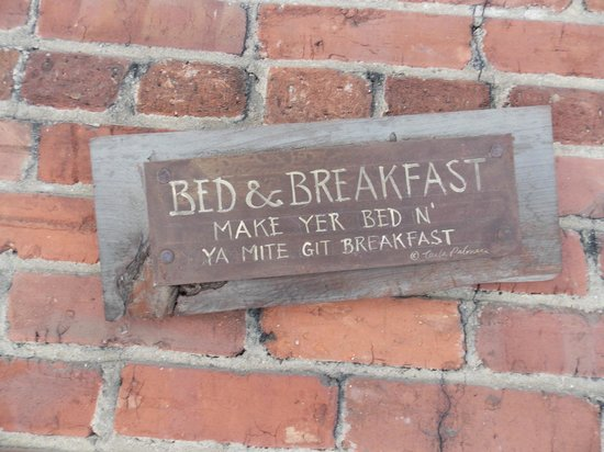 Applewood Manor Inn Bed & Breakfast : They keep it fun, too.
