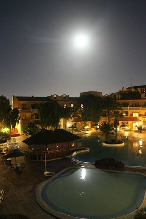 Elba Lucia Sport & Suite Hotel: noche de san juan