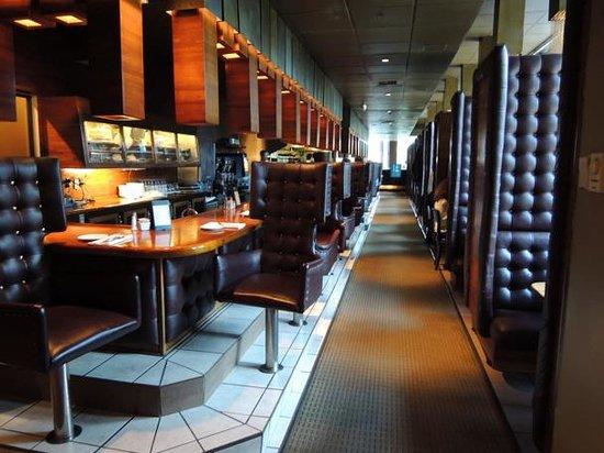 seattle 13 coins restaurant
