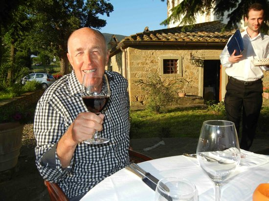 Relais Villa Baldelli: Dinner on the Patio