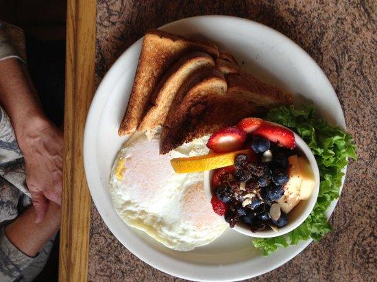 The Sierraville Kitchen : my friends breakfast