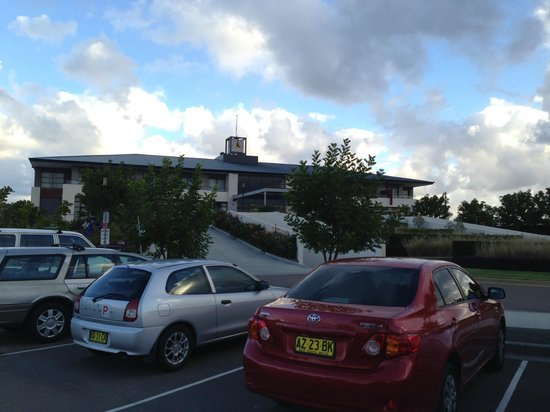 Mercure Kooindah Waters Central Coast: reception building