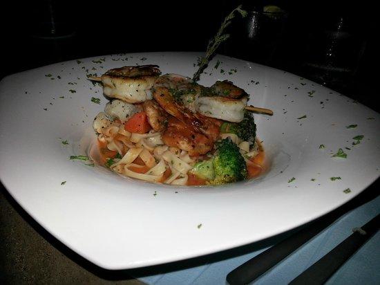 Hotel Laguna Mar: Shrimp Linguini