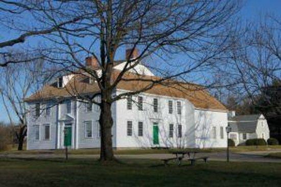 Old Sturbridge Inn & Reeder Family Lodges : The Historic Oliver Wight House
