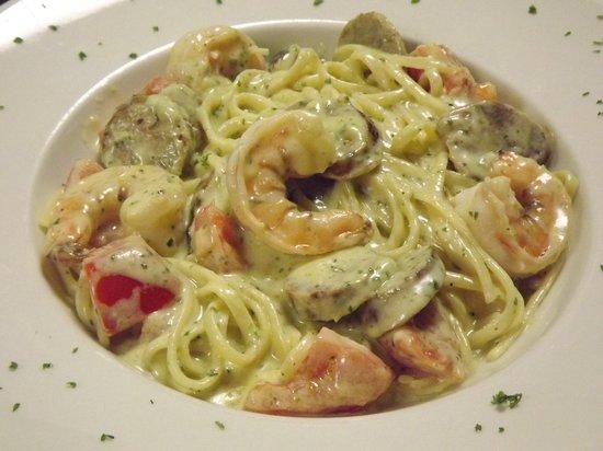 Renato's: Pesto Alfredo