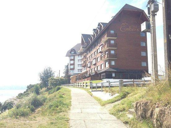 Hotel Cumbres Puerto Varas: Vista del Hotel