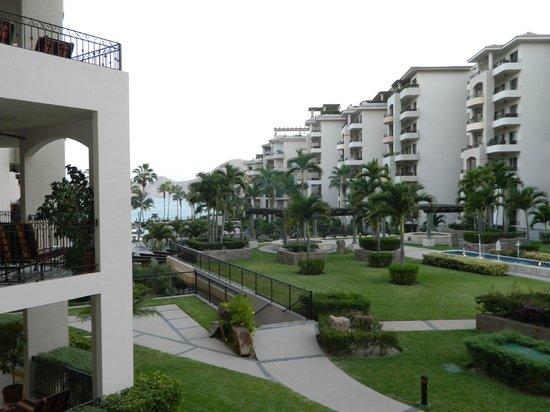 Villa La Estancia Beach Resort & Spa Los Cabos: view from 3rd floor balcony near lobby area