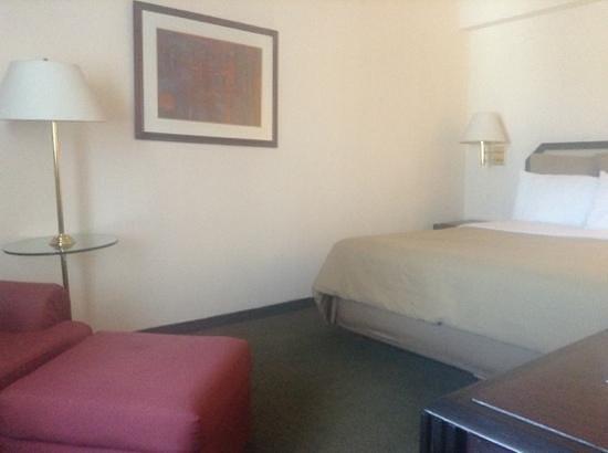 LQ Hotel by La Quinta Monterrey Centro : Añade un título