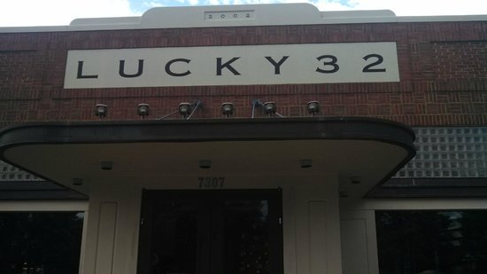 Lucky 32 Southern Kitchen: Front Door