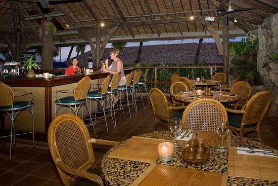 Toko's Restaurant: Toko's Bar