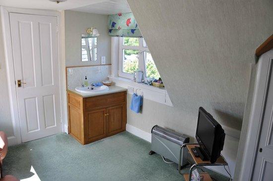 Hawthornbank Guest House: sink