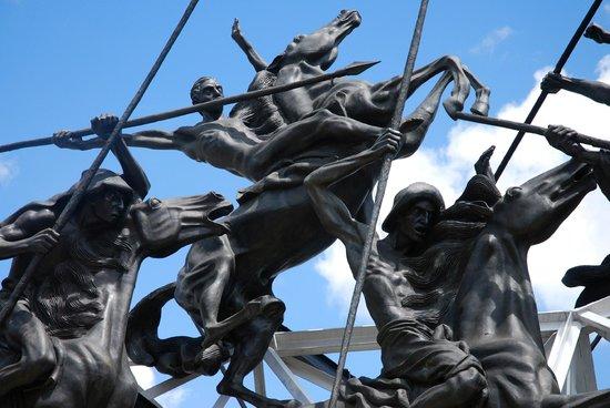 Pantano de Vargas  Monumento a los 14 lanceros: Pantano de Vargas