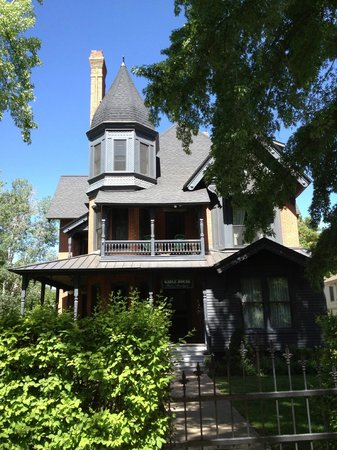 Gable House Bed and Breakfast: Treat yourself!