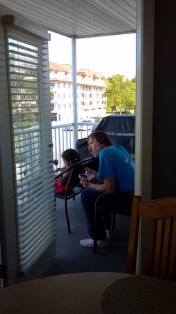 Worldmark Birch Bay: Breakfast on the balcony