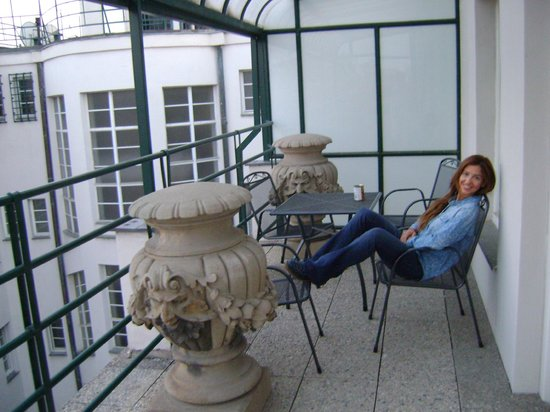 Residence Bologna: Balcón Terraza de la Habitación