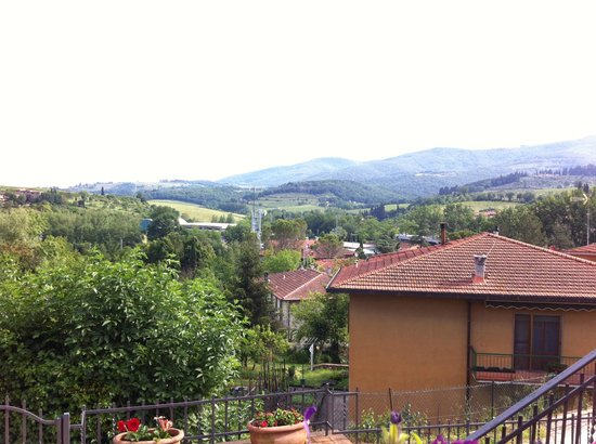 Montechiari in Chianti: Beautiful view of Tuscan hills