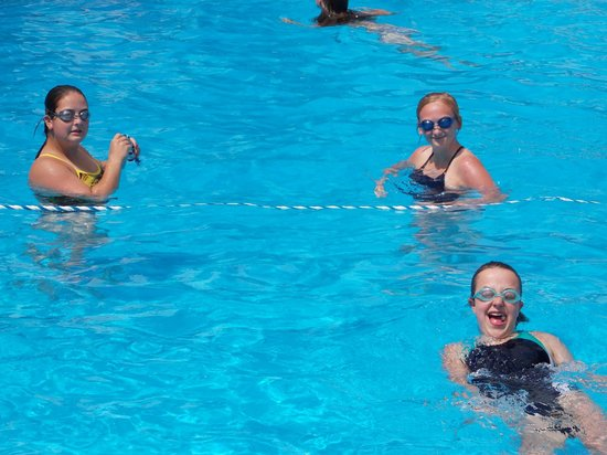 Kimberling Oaks Resort : GREAT CLEAN POOL