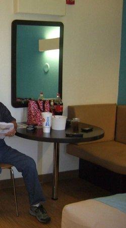 Motel 6 Galveston : Sitting Area