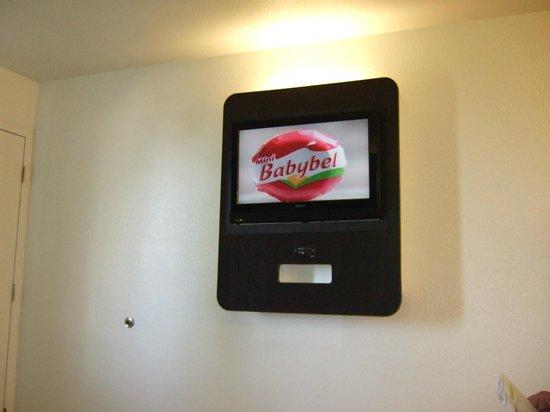 Motel 6 Galveston : Flat screen TV
