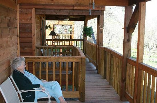 Marks Overlook Lodge: Private Deck