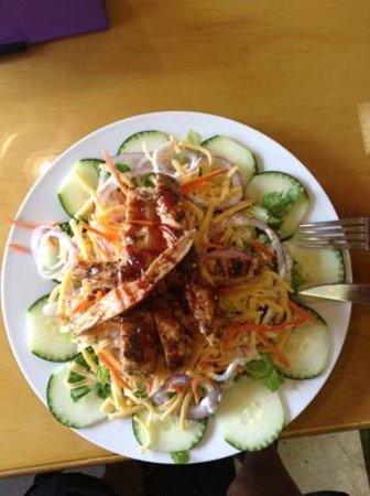 Silver Grille : Amazing Chicken Salad