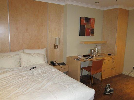 Hotel du Vieux-Quebec : Room 205
