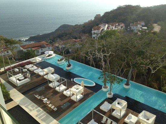 Hotel Encanto: Vista desde la terraza de la habitaciòn