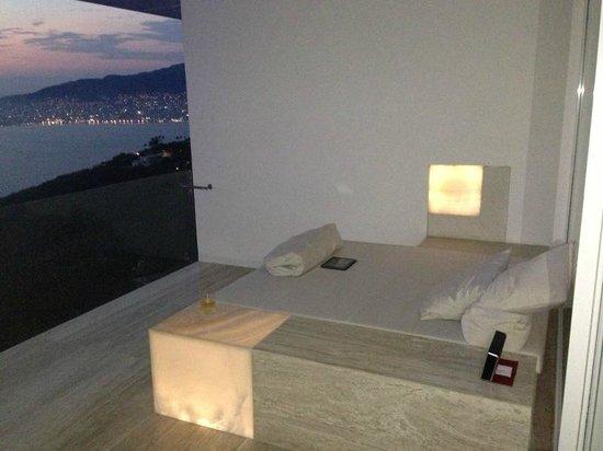 Hotel Encanto: Terraza en el cuarto