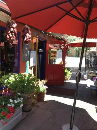 Orlando's New Mexican Cafe - patio