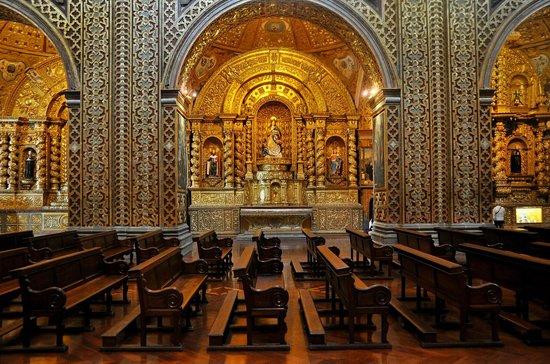 Iglesia de La Compania de Jesús: Lateral