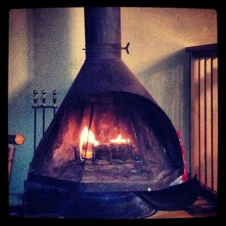 Sierra Nevada Resort & Spa: gorgeous fireplace!