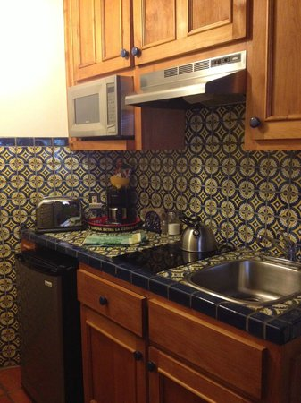 Santa Fe Motel and Inn: Room #14/Kitchenette