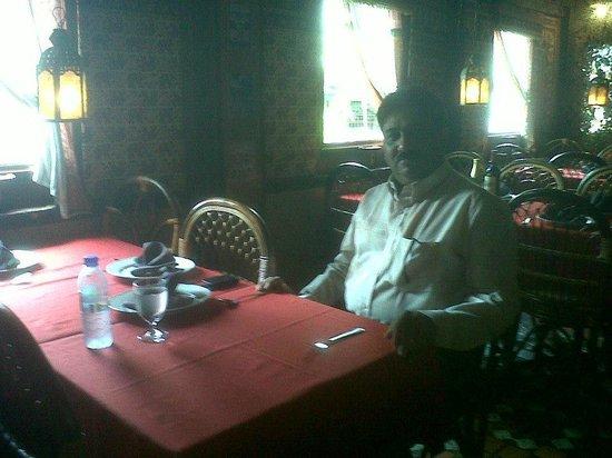 Himali Cha Cha Restaurant: Himali Cha Cha