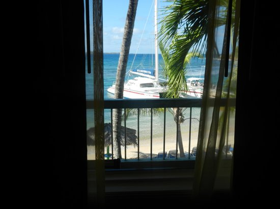 Bolongo Bay Beach Resort: View from the room.