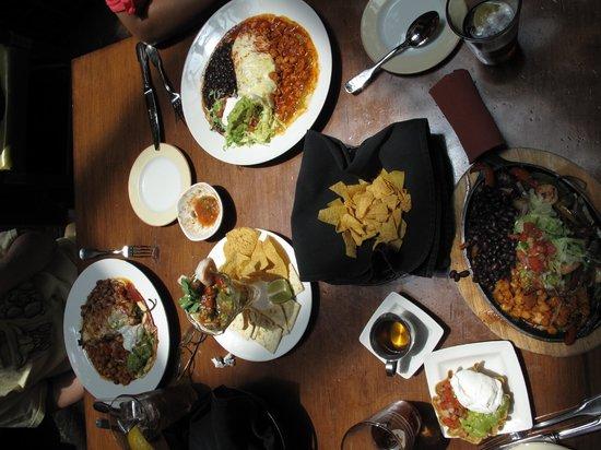 La Plazuela at La Fonda : Nice sized servings
