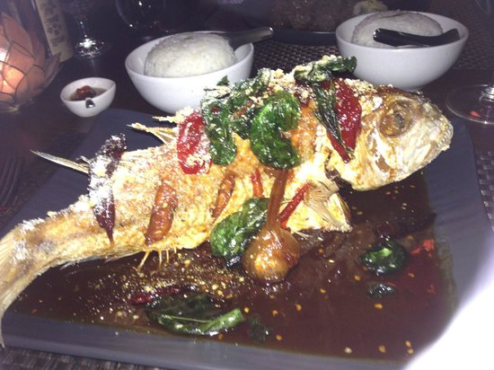 The Tamarind Restaurant & Cooking School : The most delicious fish EVER!!