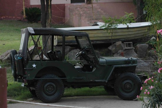 Aravali Silence Lakend Resorts & Adventures Pvt. Ltd.: Willys Jeep for car freaks