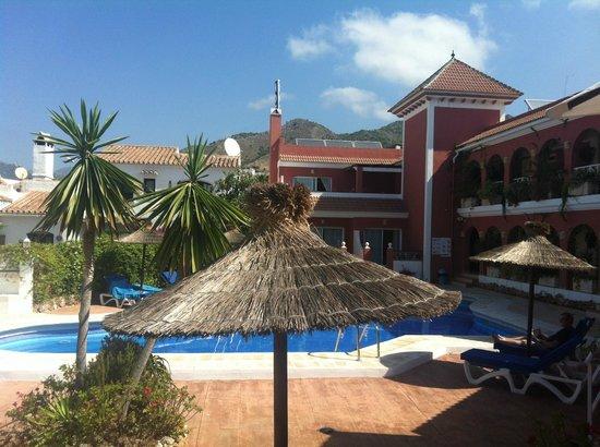 Hotel Los Arcos: Looking towards mountains inland