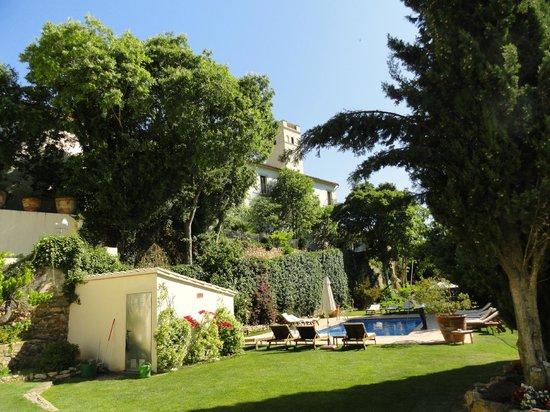 Hotel El Convent: Vue d'ensemble piscine