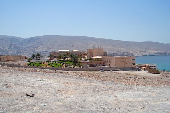 Atana Khasab: It is perched out on the rocks