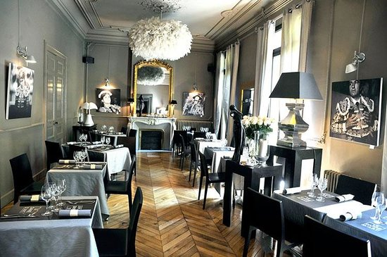 Restaurant le Carre d'Art