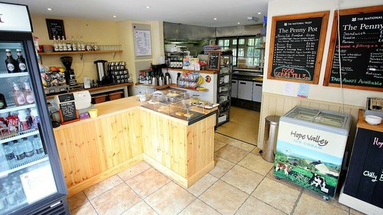 Penny Pot Cafe: Plenty of tasty cakes baked on the premises are available as well as warming food and drinks