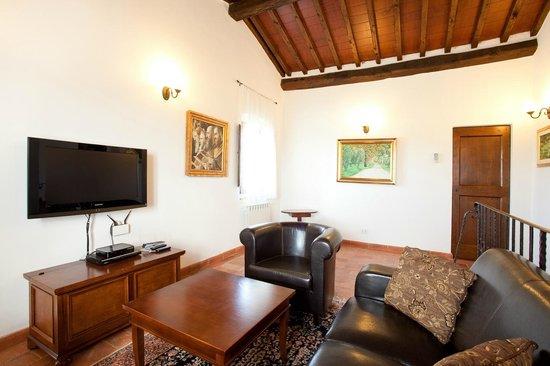 Villa Toscana La Mucchia: living room