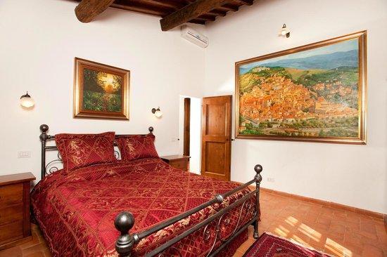Villa Toscana La Mucchia: double bedroom in suite number 6