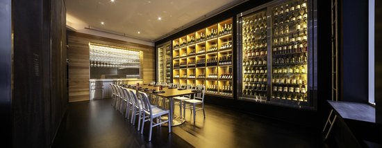 Adelphi Grill: The Reserve