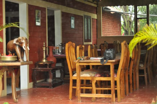 Wayanad Nature Resorts: The Dinning Area