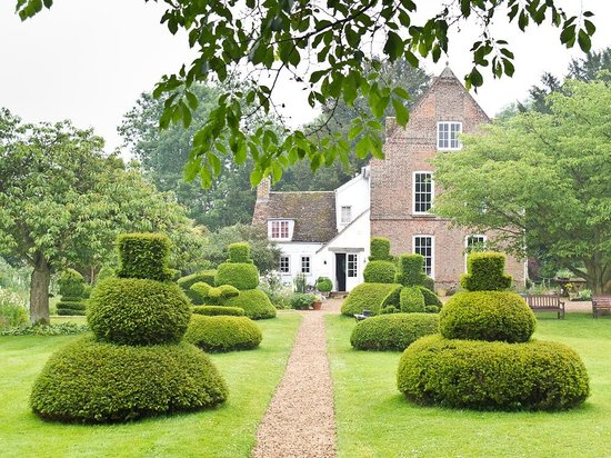 The Manor at Hemingford Grey: The Manor, Hemingford Grey