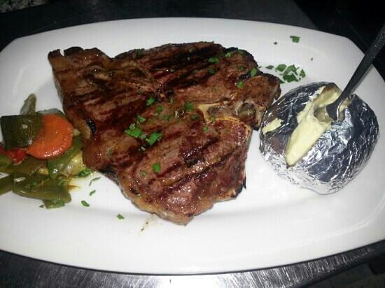 El Mojito: tbone steak